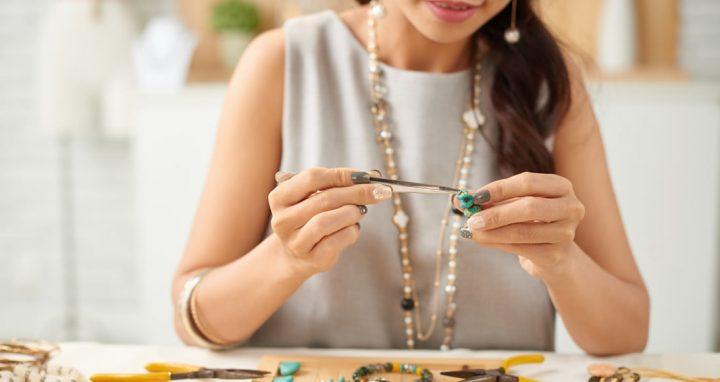 como abrir uma loja de bijuterias