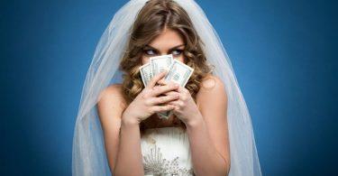 arrecadar dinheiro para o casamento